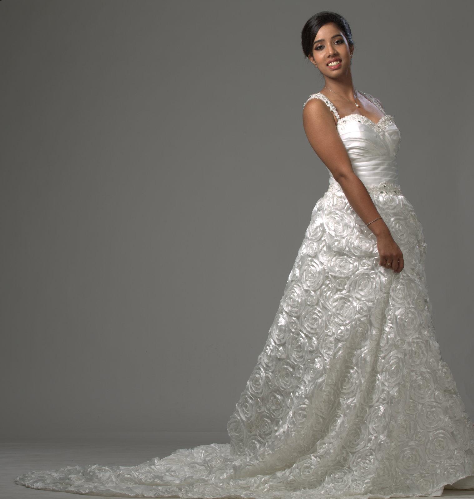 Altar Ego Wedding: Wedding Gowns In Kerala - D'Aisle Bridals